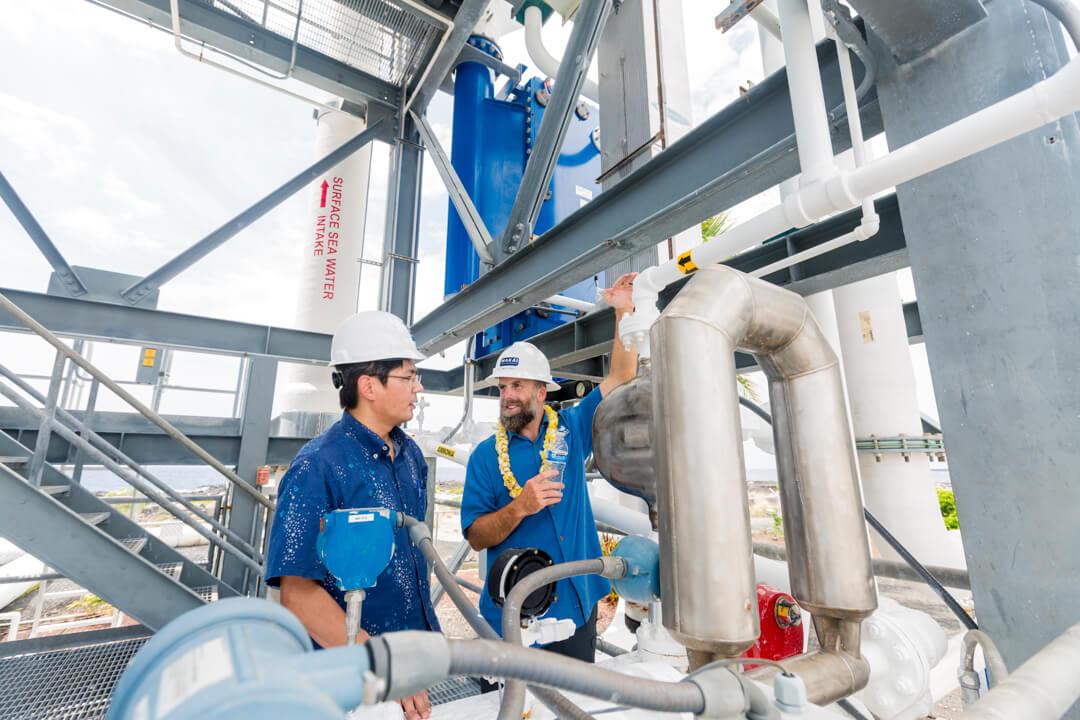 trabajadores-de-la-planta-oceano-termal