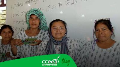 Comunidades de Oaxaca son iluminadas por las abuelas solares