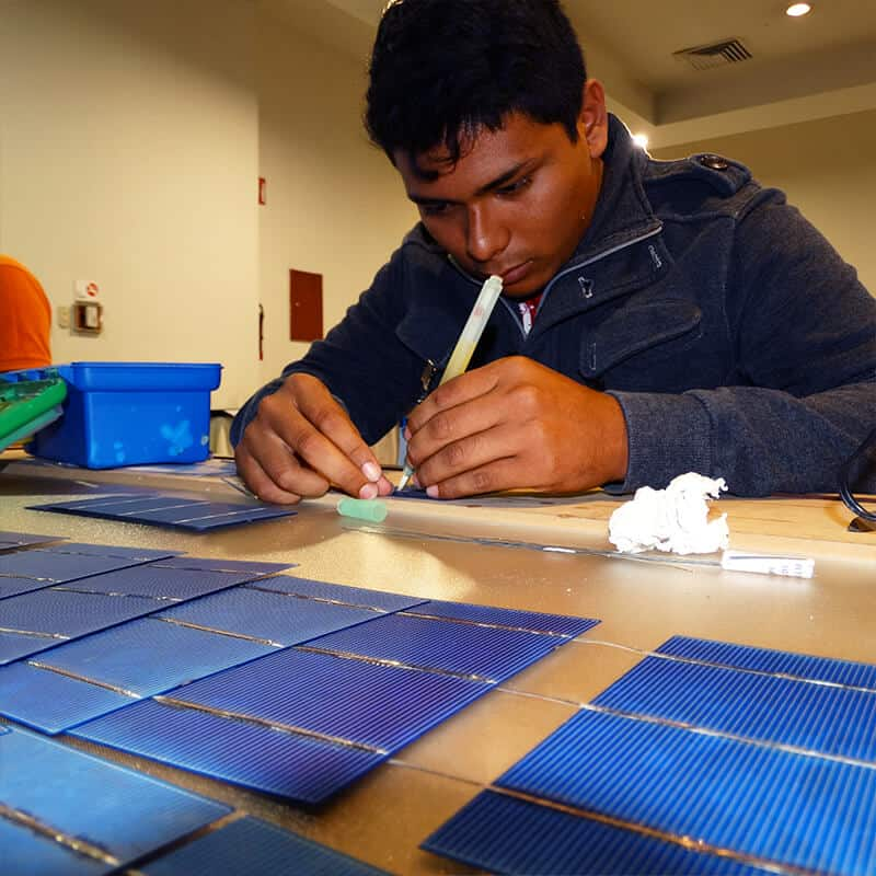Taller De Construcci 243 N De Paneles Solares Cceea